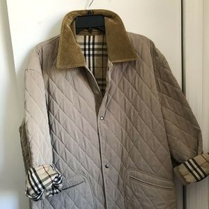 Burberry Men's Beige Quilted Large Jacket